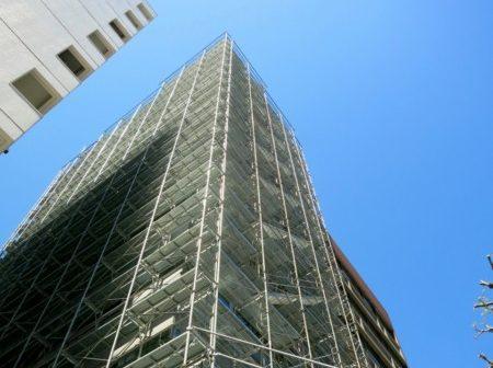 足場 高層ビル